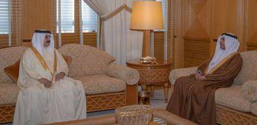 ملك البحرين يستقبل رئيس البرلمان العربي