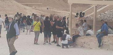 توافد السياح خلال يونيو