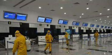 الوفد الأمني الروسي ينتهي من جولاته بمطاري شرم الشيخ والغردقة