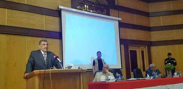 أشرف الشرقاوي وزير قطاع الأعمال