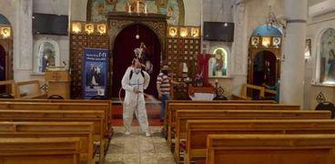 رش وتعقيم المنشآت العامة ودور العبادة بنطاق حي جنوب الجيزة