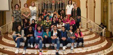 فتيات العجوزة تشارك في حفل افطار الانرويل السنوي بمشاركة نجوم الفن والطرب