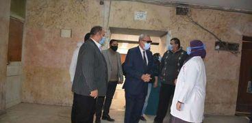 محافظ القليوبية يتفقد مستشفيات المحافظة لتقديم خدمات مواجهة كورونا