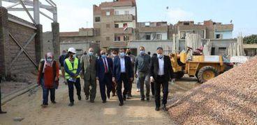 محافظ المنوفية يتفقد أعمال المشروعات التنموية في شبين الكوم