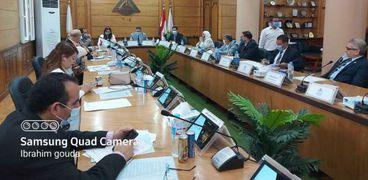 مجلس عمداء جامعة بنها