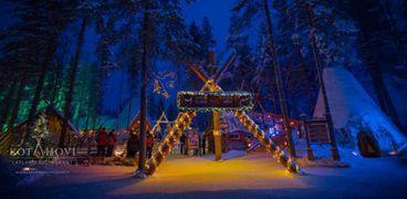 كورونا يُخيم على موسم أعياد الميلاد