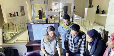 ورشة تدريب للحفاظ على اللوحات الفنية التراثية
