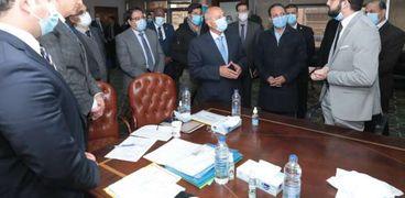 كامل الوزير يشهد اختبارات المهندسين الجدد بالهيئة القومية للأنفاق