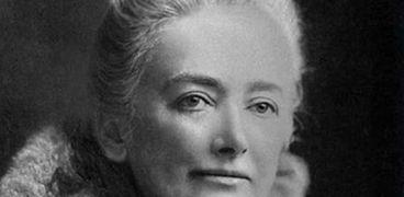 إميليا إدواردز