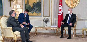 لقاء الرئيس التونسي مع سفير الولايات المتحدة لدى بلاده