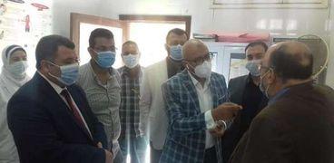 الكشف والعلاج المجاني لـ1900 مواطن بـ3 قرى في بني سويف