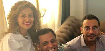 منة فضالي مع محمد نجاتي والمخرج تامر حمزة