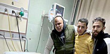 مجدي مافيا أثناء خضوعه للعلاج