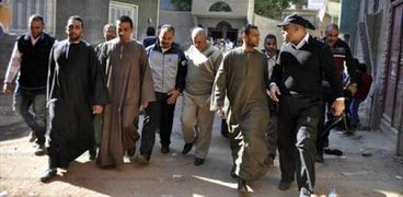 """مدير أمن الأقصر يزور ديوان عائلة """"ضحية الشرطة"""" تمهيدا للمصالحة مع أهالي العوامية"""
