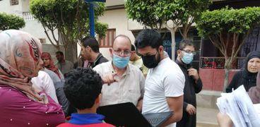 مبادرة للتوعية بأهيمة لقاح كورونا وتطعيم المواطنين في قريتين بالشرقية