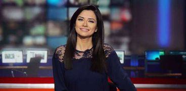 الإعلامية دينا زهرة