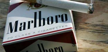 المدخنون يترقبون مصير أسعار 5 أصناف من السجائر