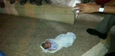 العثور علي طفلتين حديثي الولادة في واقعتين بسوهاج