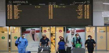 مطار الكويت الدولي يعمل بكامل طاقته الاستيعابية من الأحد المقبل بعد رفع قيود كورونا عن الملقحين