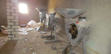 أدوات تصنيع الهيروين في مصنع بالإسماعيلية