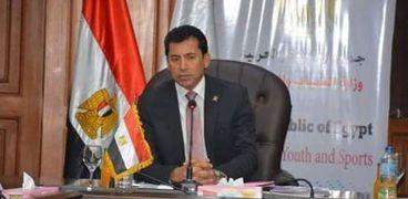 الدكتور أشرف صبحى وزير الرياضة