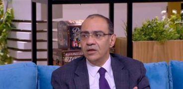 """الدكتور حسام حسني، رئيس اللجنة العلمية لمجابهة فيروس كورونا المستجد """"كوفيد 19"""" بوزارة الصحة والسكان"""