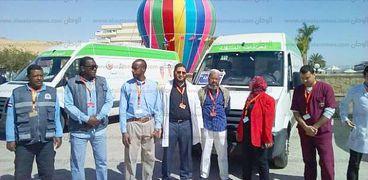 """العيادات المتنقلة بوزارة الصحة تكشف علي 86 مشارك بـ""""العربي الأفريقي"""" في أسوان"""