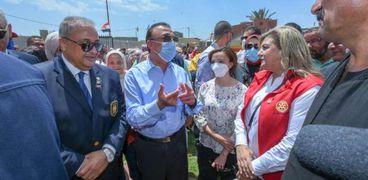 محافظ الإسكندرية يفتتح قرية باب الاحرار