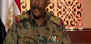 رئيس مجلس السيادة السوداني الفريق عبدالفتاح البرهان يؤكد حرص القوات المسلحة على إنجاح الفترة الانتقالية