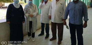 """بالصور:""""غزل المحلة""""تدعم مستشفي الحميات بمستلزمات طبية وقطن وكمامات لرعاية مصابي """"كورونا"""""""