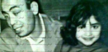 إسماعيل ياسين ووالدة الشاعر أيمن بهجت قمر
