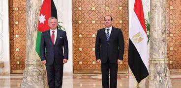 """تلقى الرئيس عبد الفتاح السيسي اليوم اتصالاً هاتفياً من جلالة الملك عبد الله الثاني بن الحسين، عاهل المملكة الأردنية الهاشمية""""."""