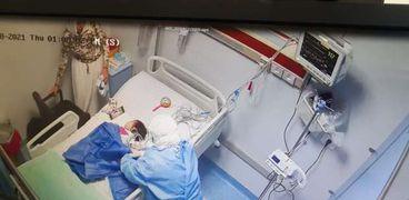 عملية حقن الأطفال المصابين بضمور العضلات اليوم داخلمركز جامعة عين شمس لأمراض العضلات والأعصاب