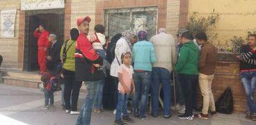إقبال مكثف للمواطنين على لجنة اقتراع مركز شباب الأنفوشي في الإسكندرية