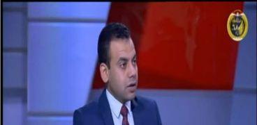 الدكتور كريم العمدة أستاذ الاقتصاد السياسي