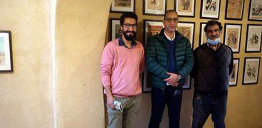 الدكتور أحمد الأنصاري محافظ الفيوم والفنان محمد عبلة ونجله إبراهيم عبلة