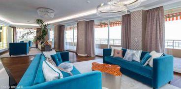 شقة 6 غرف بمواصفات خالية في أوروبا للبيع بسعر إعجازي