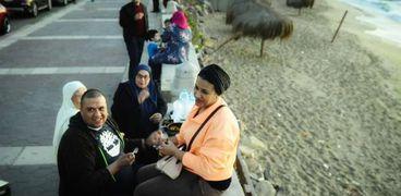 الإفطار على كورنيش الإسكندرية