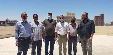 لجنة هندسية خلال معاينة مستشفى مطروح العام