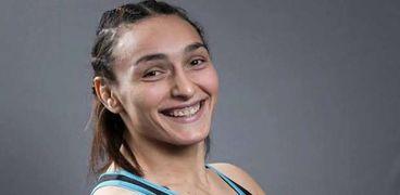 لاعبة المصارعة سمر حمزة