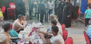 كنيسة مريم المصرية تنظم إفطار 500 صائم بالعماروة فى الإسكندرية