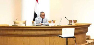 الدكتور أحمد زايد في ندوة الاحتفاء بالدكتور شاكر عبدالحميد