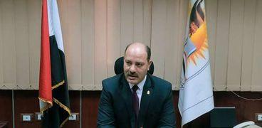 الدكتور عربى ابوزيد وكيل وزارة التربية والتعليم بسوهاج