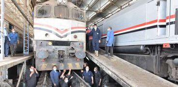 أعمال صيانة وتطوير القطارات بورش صيانة السكة الحديد