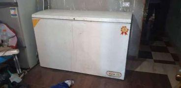 الثلاجة التي عثر بها على أجزاء الجثة