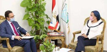 لقاء وزيرة البيئة والسفير الفرنسي