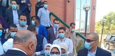 وزيرة الصحة من «عزل قفط»: «خلوا بالكم من المصابين»