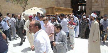 تشييع جنازة أكبر معمر أزهري من الجامع الأزهر