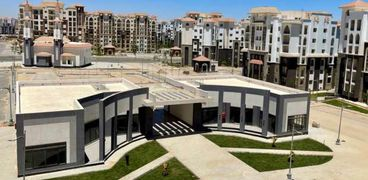 مزاد علني لبيع محلات ووحدات سكنية وإدارية