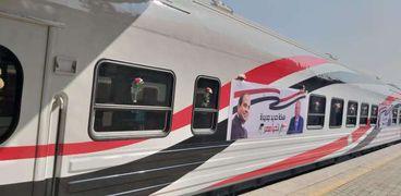 عربات القطارات الروسية الجديدة بالسكة الحديد
